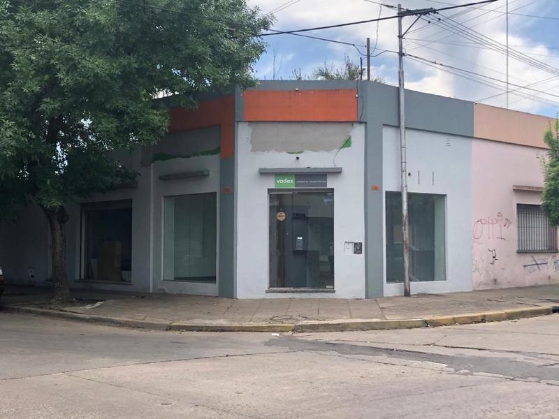 Foto Local en Alquiler en  Centro De Lujan,  Lujan  Alte Brown esquina Sarmiento