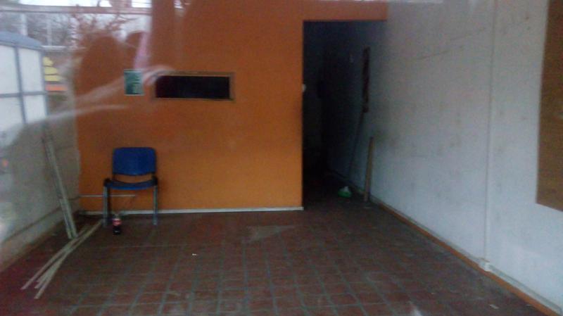 Foto Local en Alquiler en  Ingeniero Maschwitz,  Escobar  Villanueva al 1200