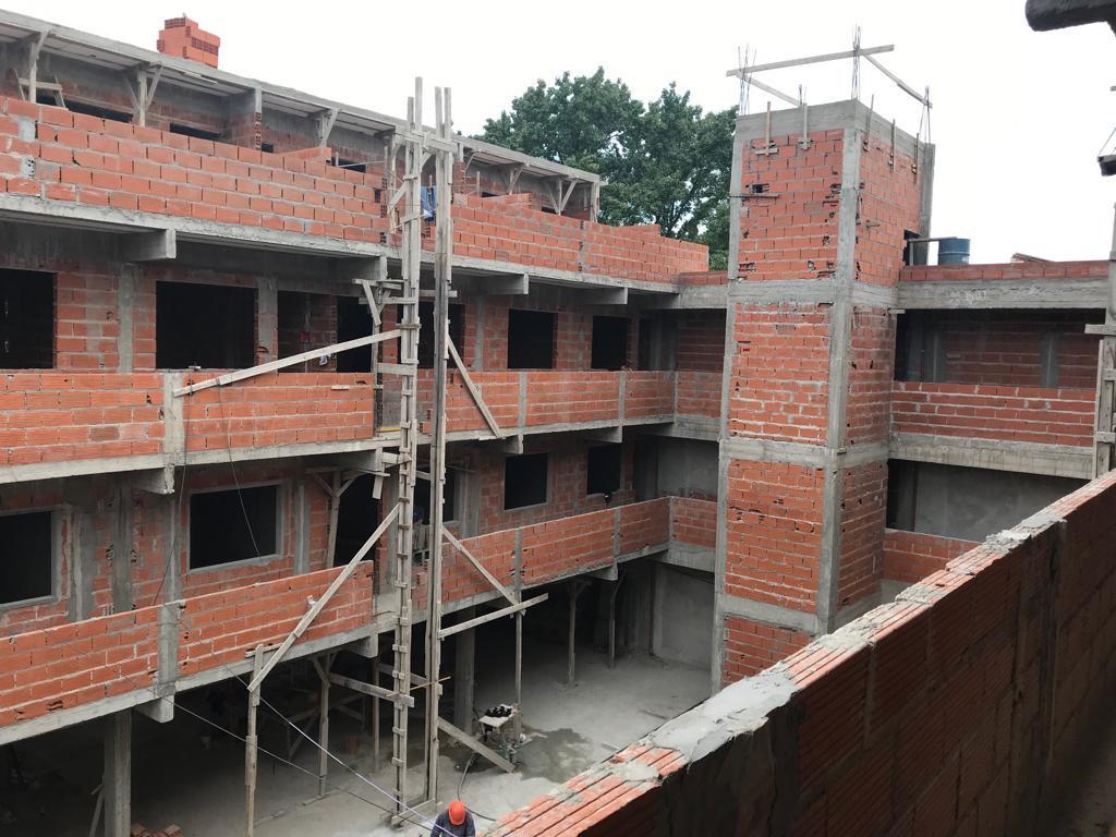 Foto PH en Venta en  Don Torcuato,  Tigre  Departamento 2 amb. cochera y Amenities