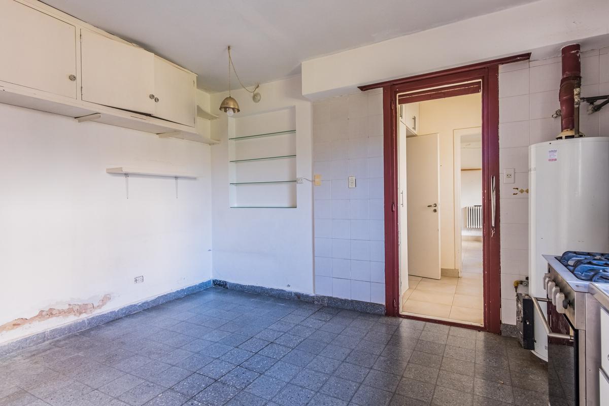 Foto Casa en Venta en  S.Isi.-Libert./Lasalle,  San Isidro  Leandro N. Alem al 800