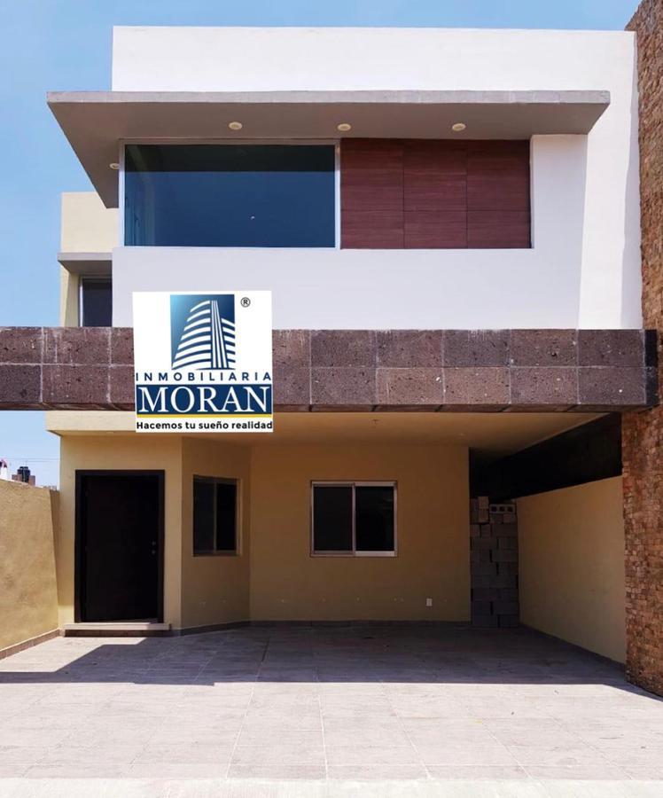Foto Casa en Venta    en  Ciudad Madero ,  Tamaulipas  Bonita casa en Col. Luna Luna