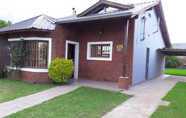 Foto Casa en Venta en  Mar Del Plata ,  Costa Atlantica  Vucetich al 2700