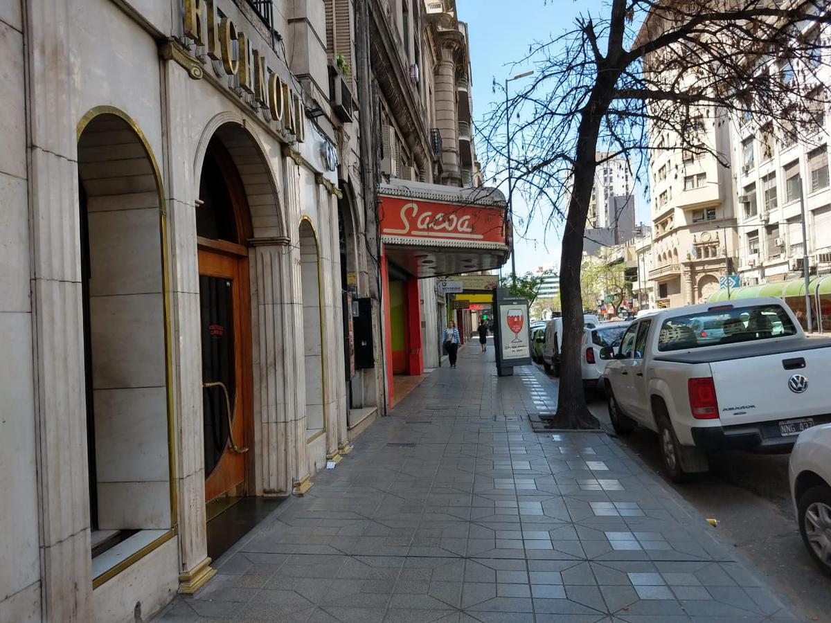 Foto Local en Alquiler en  Centro,  Cordoba  COLÓN al 100