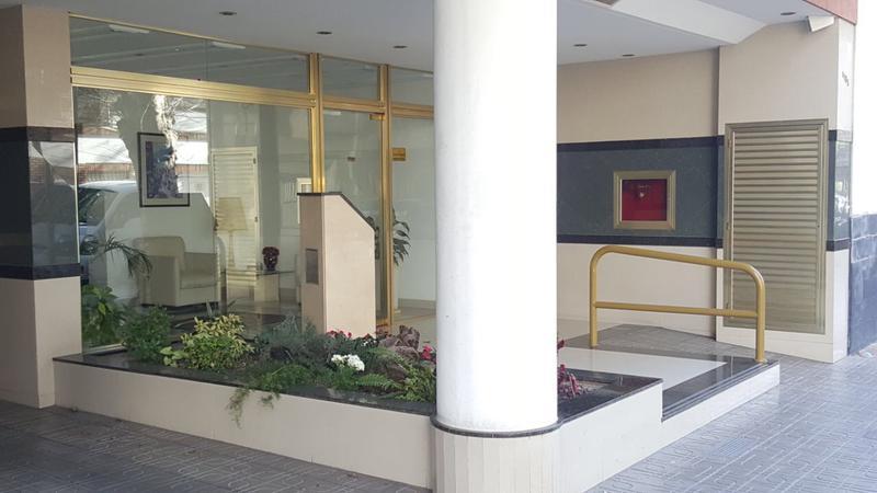 Foto Departamento en Alquiler en  Mataderos ,  Capital Federal  Semipiso 3 ambientes con  de categoría, Pola al 1100, mataderos residencial.