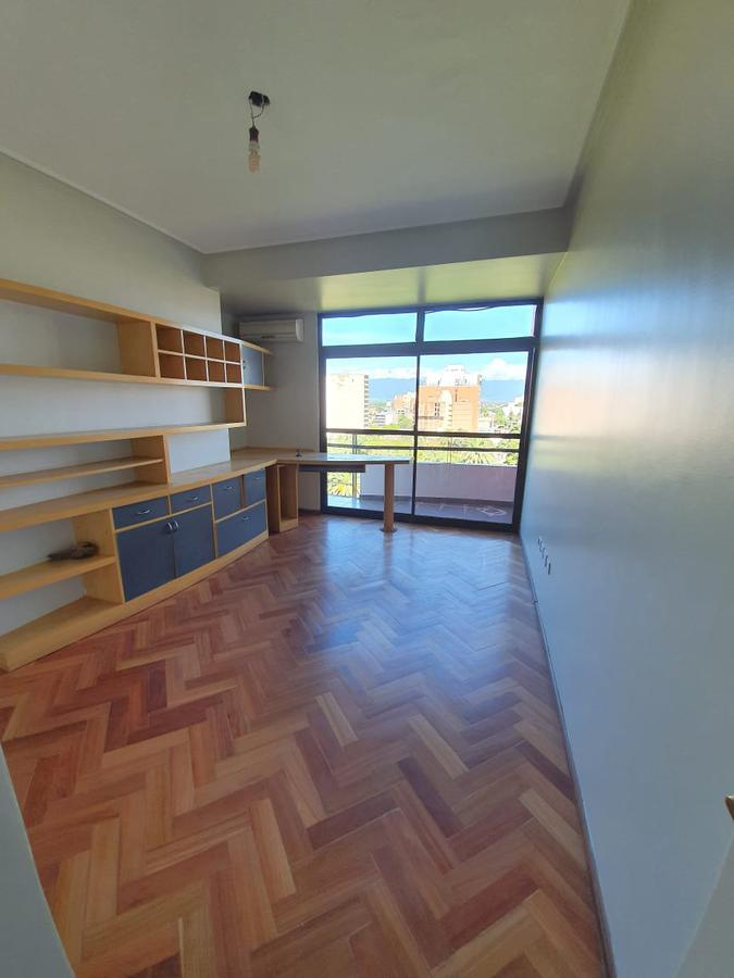 Foto Departamento en Venta en  Capital ,  Tucumán  Chacabuco al 600