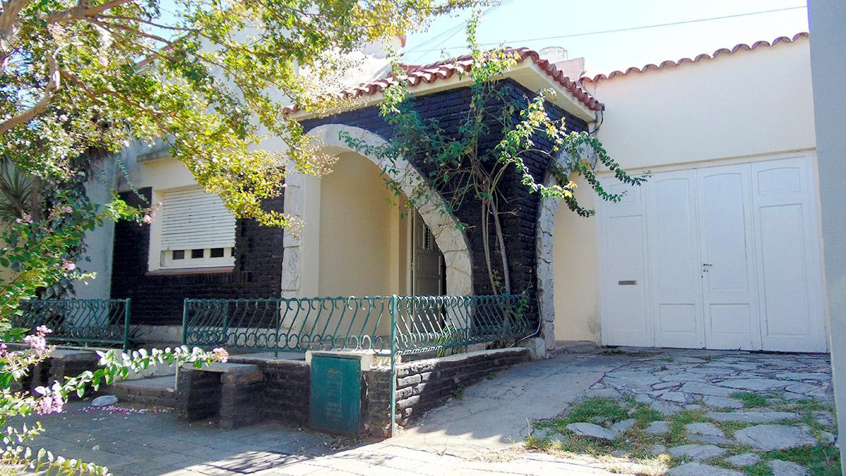 Foto Casa en Venta en  General Pico,  Maraco  calle 6 e/ 11 y 13