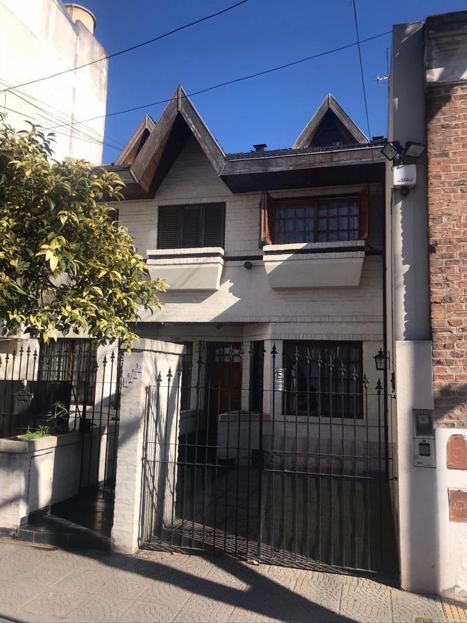 Foto Casa en Venta en  Flores ,  Capital Federal  Lautaro al 1000