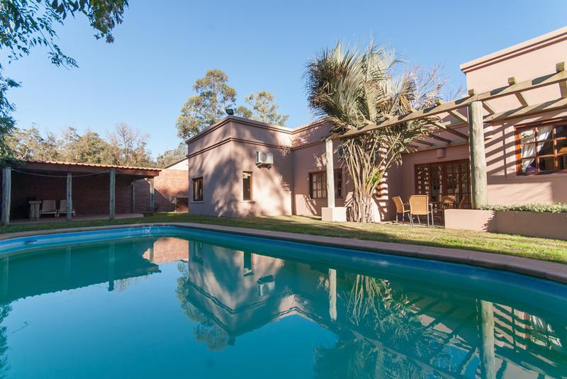 Foto Casa en Venta en  Pinares,  Punta del Este  PINARES LINDA CASA PARA VIVIENDA PERMANENTE.