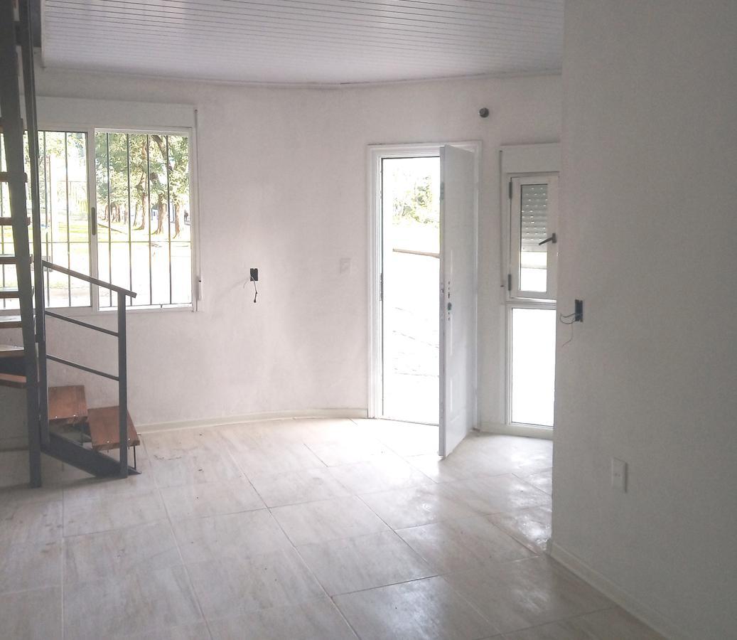 Foto Apartamento en Venta en  Cerrito ,  Montevideo  San Martin al 4000