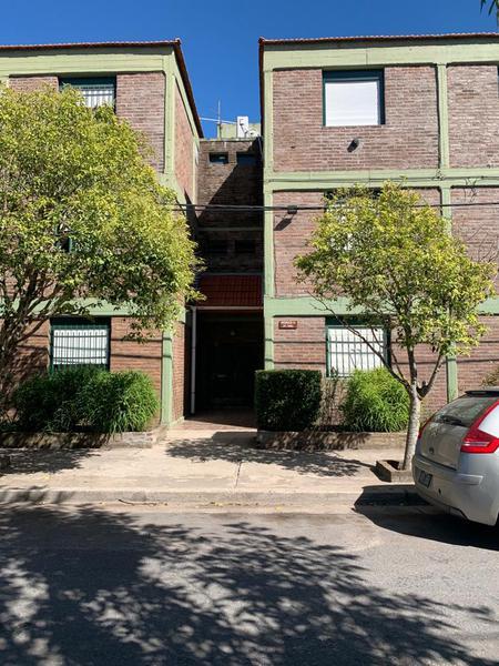 Foto Departamento en Venta en  La Plata ,  G.B.A. Zona Sur  500 entre 30 y 31