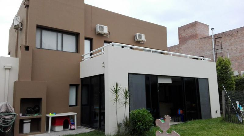 Foto Casa en Venta en  Yerba Buena ,  Tucumán  Cerro Azul