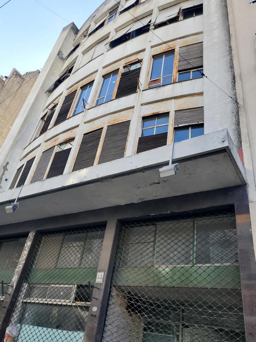Foto Edificio Comercial en Venta en  San Telmo ,  Capital Federal  Peru 480