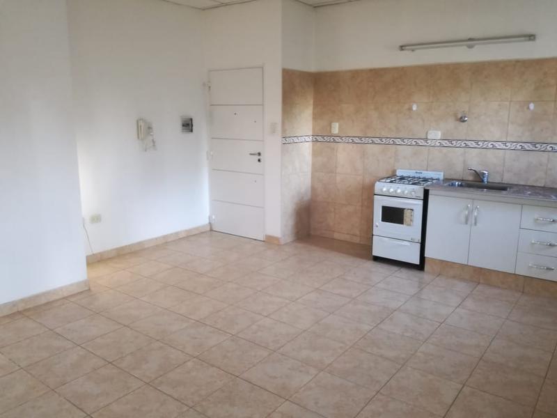 Foto Departamento en Alquiler en  Villa Regina,  General Roca  DEPARTAMENTO 1 DORMITORIO