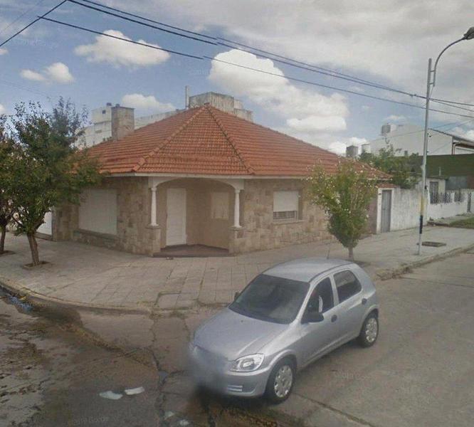 Foto Casa en Venta en  Mar Del Plata ,  Costa Atlantica  El Cano 4402