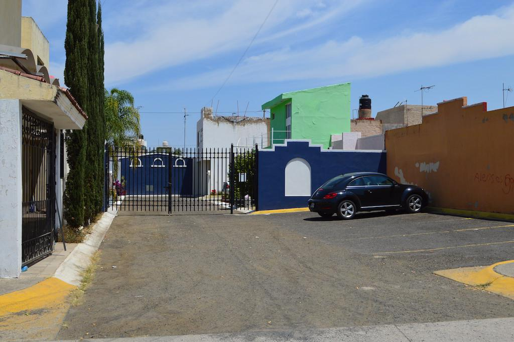 Foto Casa en Venta en  Fraccionamiento Parques de Tesistán,  Zapopan  Fray José Cavaller 795 Int. 9