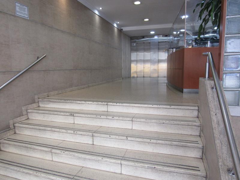 Foto Oficina en Venta |  en  Centro (Capital Federal) ,  Capital Federal  Av. Belgrano al 600