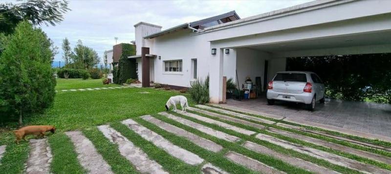 Foto Casa en Venta en  Capital ,  Tucumán  Club de Campo Las Moritas