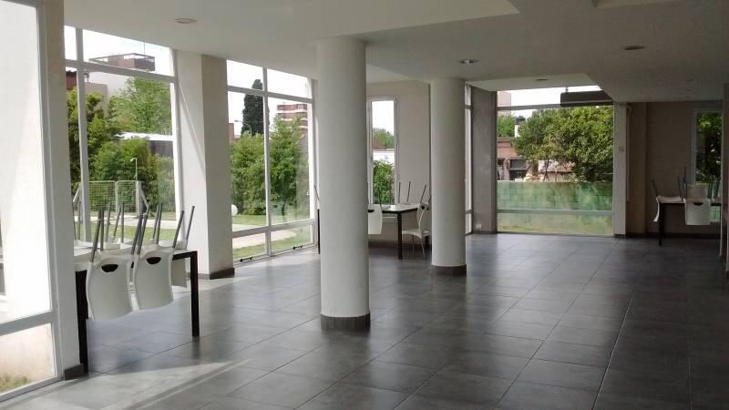 Foto Departamento en Venta en  Moreno,  Moreno  Dpto. en  1er. Piso - Torres de Moreno - Tucumán al 100 - Lado norte - Moreno
