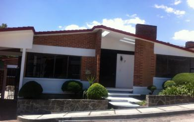 Foto Casa en condominio en Renta en  Bosques de Colón,  Toluca  Se Renta casa en av Villada enToluca