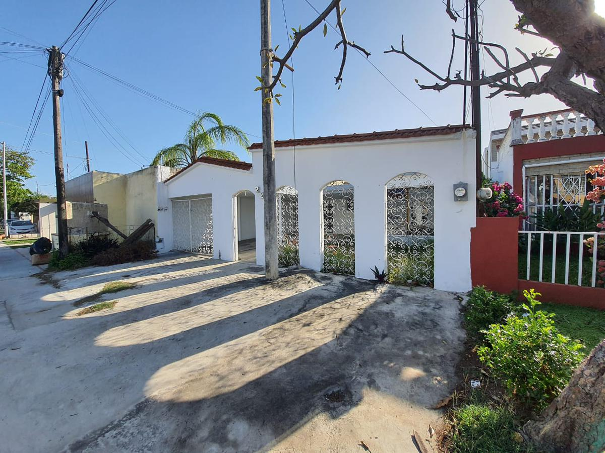 Foto Casa en Renta en  Garcia Gineres,  Mérida  casa en renta en merida, Avenida Cupules, ¡IDEAL PARA OFICINA O NEGOCIO¡