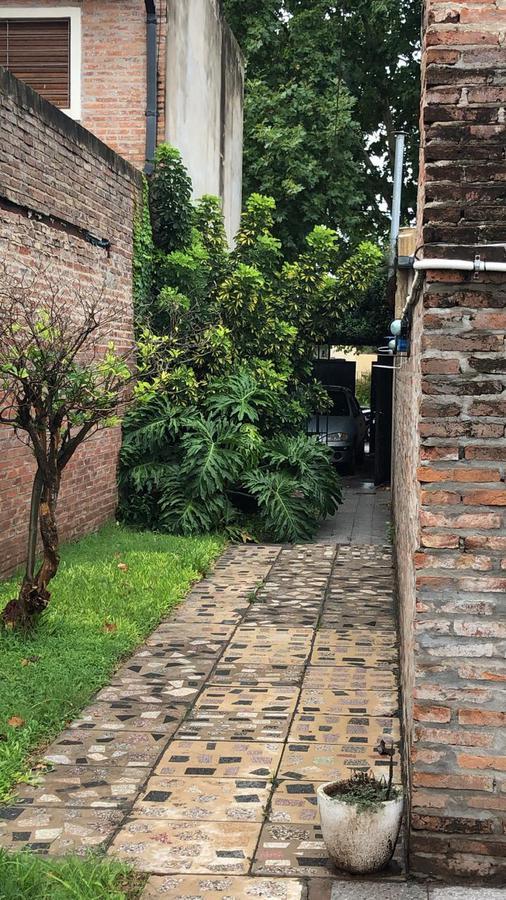Foto Casa en Venta en  Rosario ,  Santa Fe  H. de la Quintana al 600