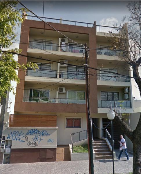 Foto Departamento en Venta en  Lomas de Zamora Oeste,  Lomas De Zamora  Pereyra Lucena 456 2do.piso frente