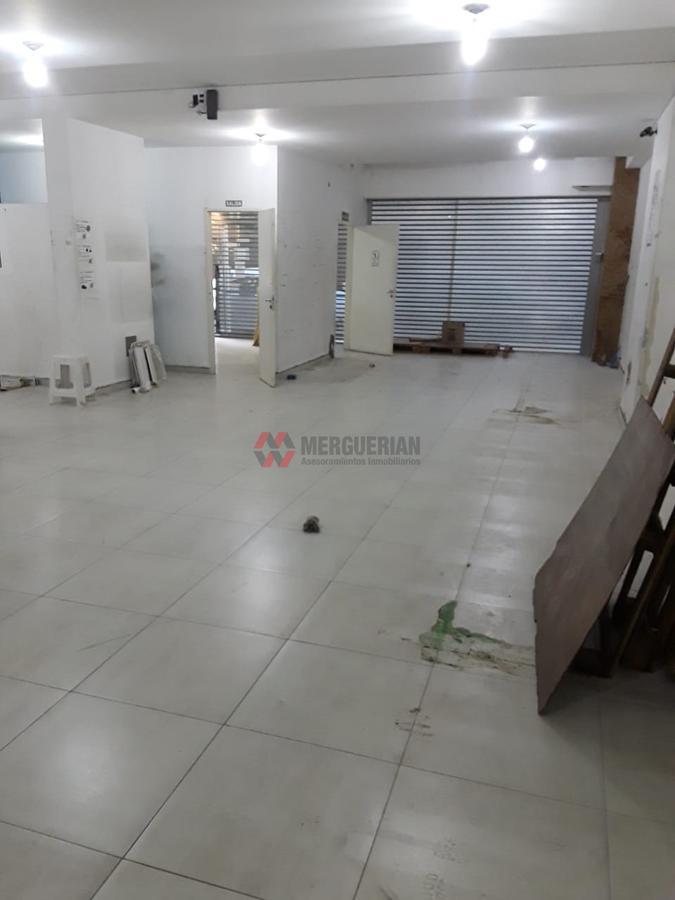 Foto Local en Alquiler en  Centro,  Cordoba  Corrientes al 400