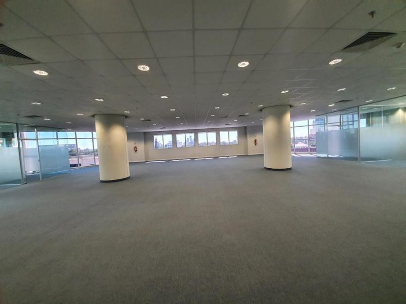 Foto Oficina en Alquiler en  Ycua Sati,  Santisima Trinidad  WTC Asunción, Torre 2
