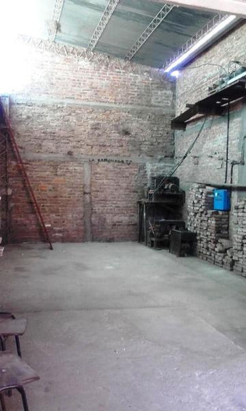 Foto Galpón en Venta | Alquiler en  Villa Tomás Mason Norte y Sur,  Santa Rosa  Santiago del Estero al 900
