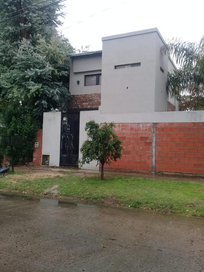 Foto Casa en Alquiler en  General Pacheco,  Tigre  MAIPU 98