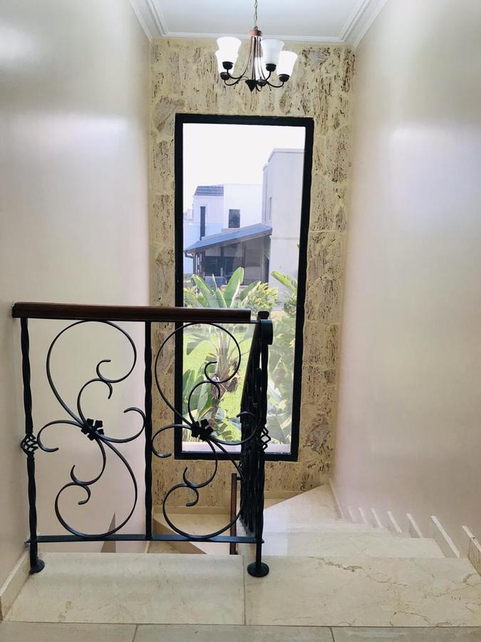 Foto Casa en Venta en  Rinconada,  Yerba Buena  Country San Pablo