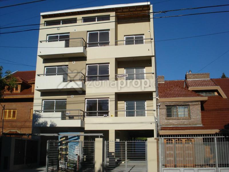 Foto Departamento en Venta en  Quilmes,  Quilmes  Marcelo Torcuato de Alvear 2200