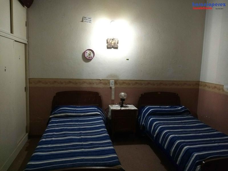 Foto Casa en Venta en  Open Door,  Lujan  Casa cómoda sobre Avenida Cabred , todos los servicios