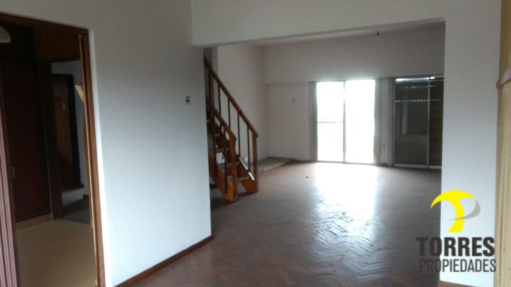 Foto Casa en Venta en  Pablo Nogues,  Malvinas Argentinas  Guayaquil al 100