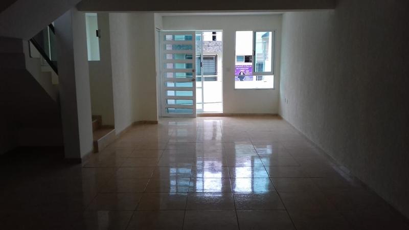 Foto Casa en Venta en  Santa Rosa,  Xalapa  BONITA CASA EN JARDINES DE SANTA ROSA