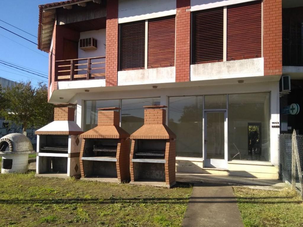 Foto Local en Alquiler en  La Plata ,  G.B.A. Zona Sur  Cno. Belgrano y 517