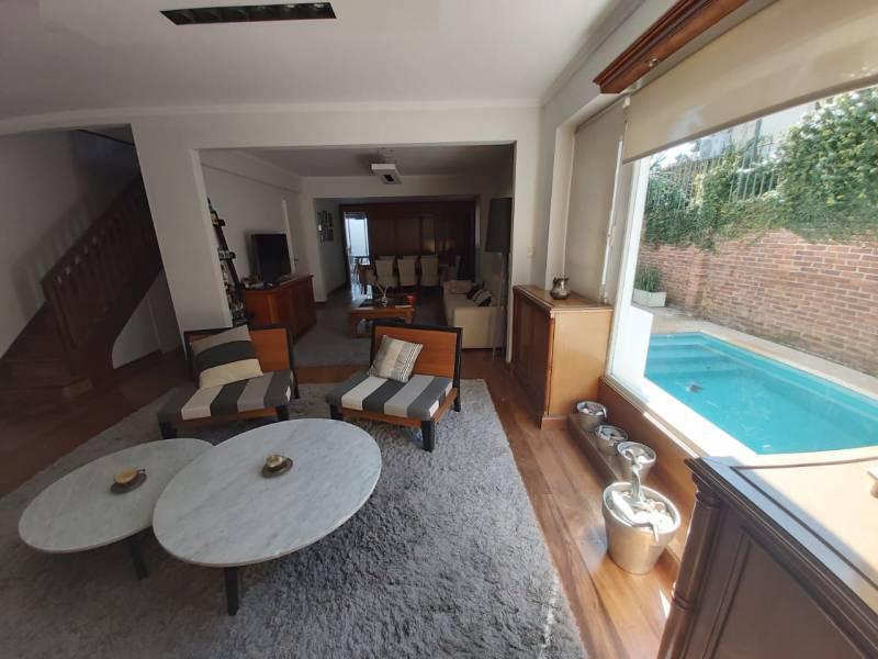 Foto Casa en Venta en  Martinez,  San Isidro  Ladislao Martínez al 800