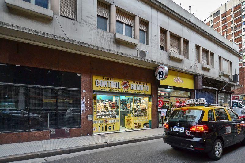Foto Local en Alquiler en  Centro (Capital Federal) ,  Capital Federal  VIAMONTE 700