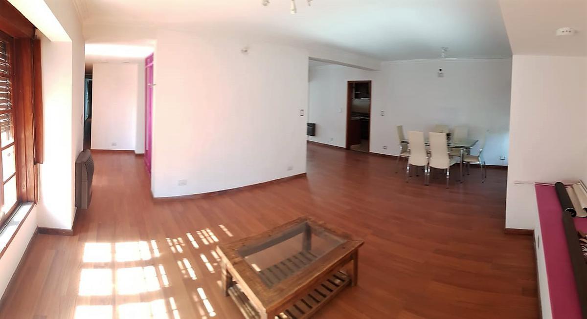 Foto Casa en Venta en  Parque Velez Sarsfield,  Cordoba Capital  Hammarskjld al 2700