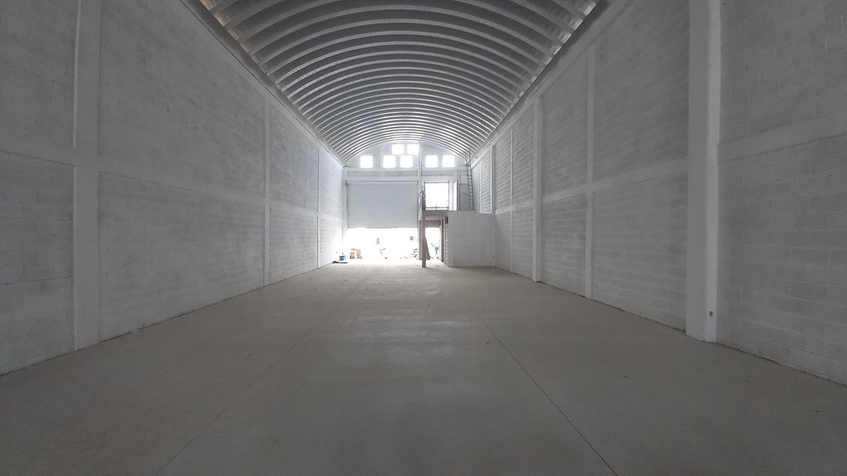 Foto Bodega Industrial en Renta en  Ricardo Flores Magón,  Cuernavaca  Bodega Nueva Renta Cuernavaca