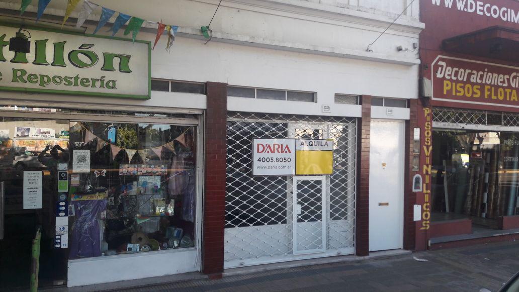 Foto Local en Alquiler en  Olivos-Maipu/Uzal,  Olivos  Av. Maipu 3358