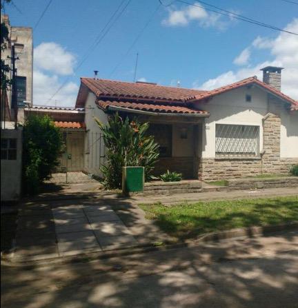 Foto Casa en Venta en  Castelar Norte,  Castelar  Gimenez al 3400