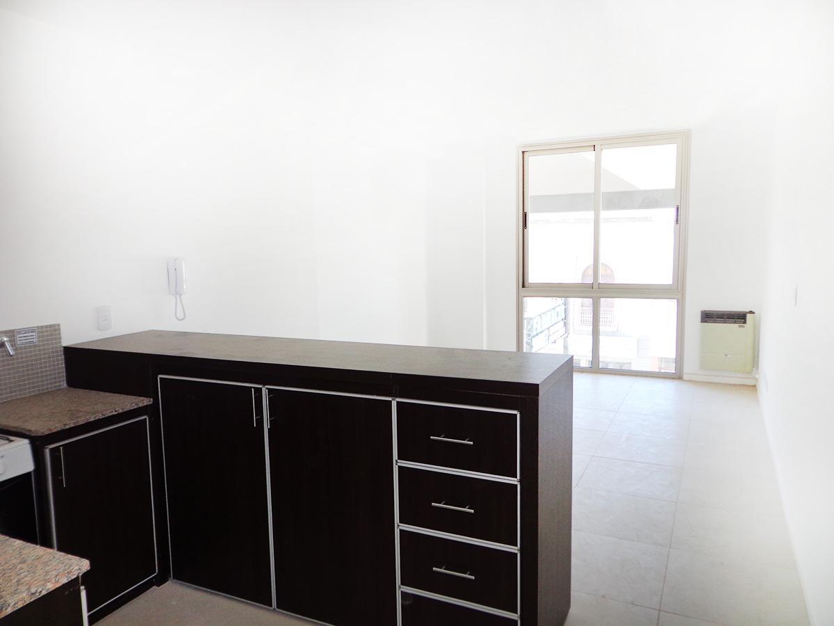 Foto Departamento en Alquiler en  General Pico,  Maraco  Calle 15 esq. 20 - 2 Piso Dpto 9
