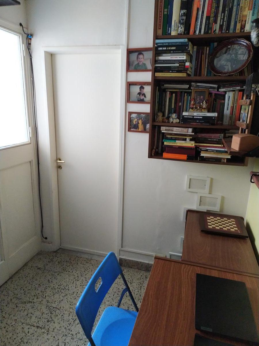 Foto Departamento en Venta en  Almagro ,  Capital Federal  Av. Hipólito Yrigoyen al 4200
