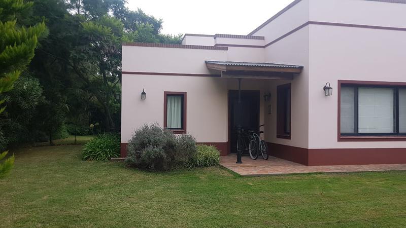 Foto Casa en Venta en  El Lauquen,  Countries/B.Cerrado (E. Echeverría)  Casa en el Lauquen oportunidad!