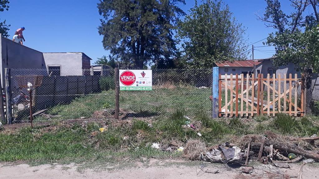 Foto Terreno en Venta en  Los Luises,  General Belgrano  Bordino esq al 200