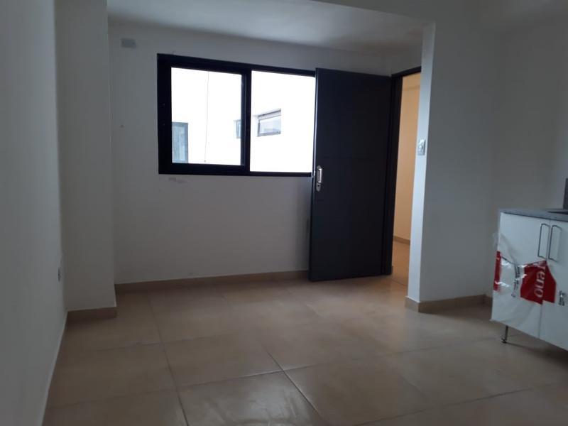Foto Departamento en Alquiler en  San Miguel De Tucumán,  Capital  Lamadrid al 200 - 7mo A