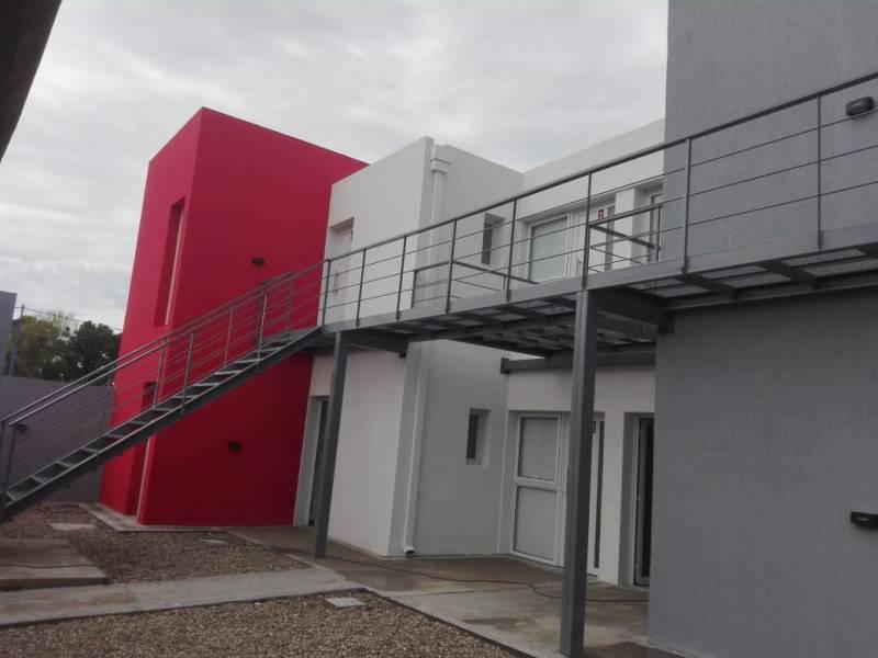 Foto Departamento en Alquiler en  General Roca ,  Rio Negro  SAAVEDRA  al 2200