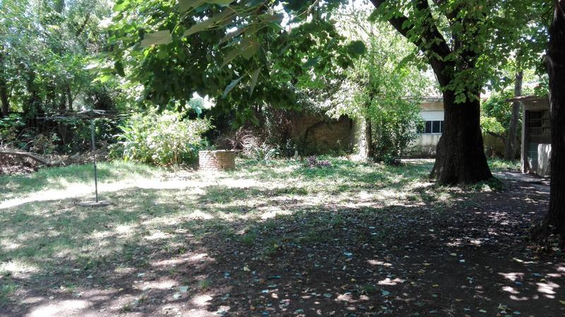 Foto Casa en Venta en  Monte Grande,  Esteban Echeverria  Esquiu al 500