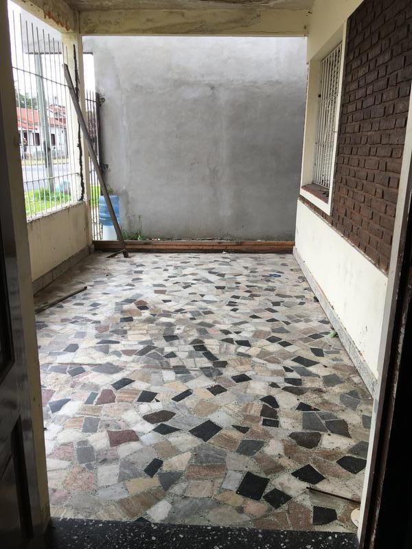 Foto Casa en Venta en  Villa Luzuriaga,  La Matanza  Buchardo al 3900